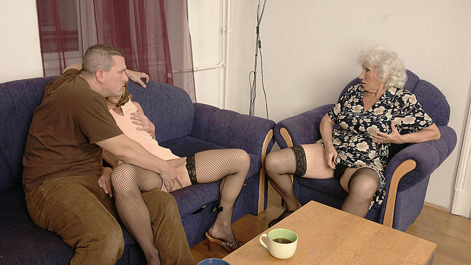 3 mature women sharing one fucking boy